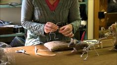 how to wrap feets and hands Mouse Series 1: Armature by Sarafina Fiber Art the best tutorial I´ve ever seen!!!