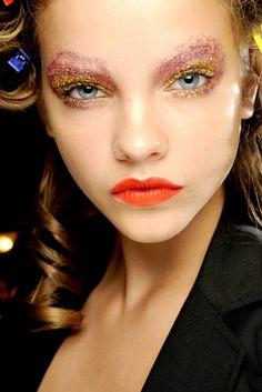 Twinkle, twinkle, glitter eyes.