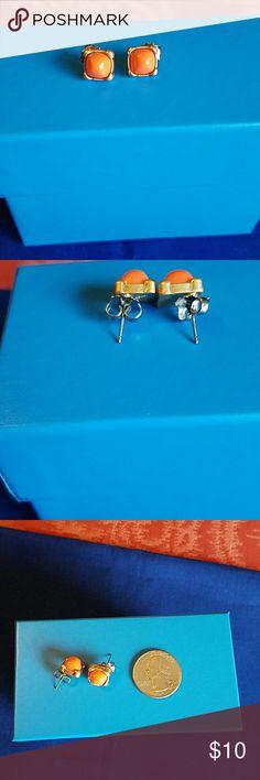 Lia Sophia post earrings SALE...Coral center set in  matte gold.  Very pretty.  EUC Lia Sophia Jewelry Earrings