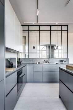 26 Gorgeous Scandinavian Kitchen With Grey Color Ideas. Get More Redoubtable Scandinavian Kitchen Grey Ideas Kitchen Furniture, Kitchen Interior, Kitchen Decor, Grey Kitchens, Home Kitchens, Kitchen Grey, Open Kitchen, Kitchen Island, Kitchen Styling