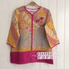 B251118 - IDR295.000 Bustline: 94cm Fabric: Batik Dobi Solo