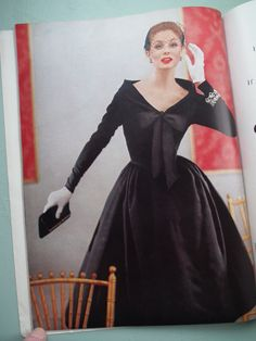 Vogue Pattern Book 1955  - would like to know what the pattern number for this is!