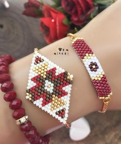 Darling Make Alphabet Friendship Bracelets Ideas. Wonderful Make Alphabet Friendship Bracelets Ideas. Embroidery Bracelets, Bead Loom Bracelets, Bead Embroidery Jewelry, Beaded Bracelet Patterns, Seed Bead Patterns, Beading Patterns, Beaded Earrings Native, Beaded Necklaces, Brick Stitch Earrings