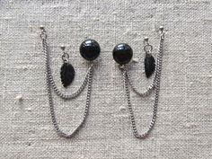 Bülows smykker facebook. Earstuds/ørestikkere for 3 holes made of steel and gemstone.
