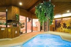 MAJESTIC SWIMMING POOL SUITE