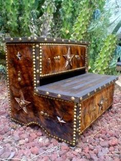 Rodeo Queen Horse Trailer Steps - Custom Made Cowhide Trailer Steps Western Crafts, Rustic Western Decor, Country Decor, Bed Steps, Trailer Decor, Western Furniture, Rustic Furniture, Furniture Ideas, Western Homes