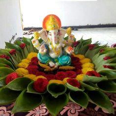 Decoration for ganpati - Deepz Clicks Vinayaka 😍😍 Rangoli Designs Flower, Rangoli Designs Diwali, Flower Rangoli, Ganpati Decoration Design, Thali Decoration Ideas, Leaf Decoration, Eco Friendly Ganpati Decoration, Decor Ideas, Diwali Decorations At Home