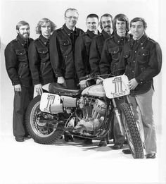 Dick O'Brien (3rd from left) and the 1976 Harley-Davidson racing team behind their XR-750.