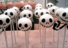 15 Spookalicious Halloween Cake Pops