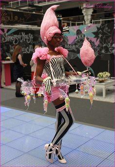 Bolli Darling Candy floss costume.  Bolli_Darling_Costume_Act_Candy Girl  Www.bollidarling.co.uk