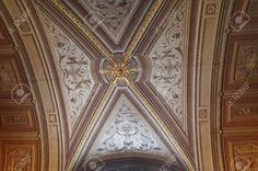 http://www.123rf.com/photo_37080016_ceiling-in-a-corridor-of-the-vatican-museums-rome-italy.html