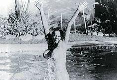 Isabel Sarli, mito de carne canalla | el Hype Niagara Falls, Coco, Carne, Nature, Glamour, Travel, Stars, Woman, Girls