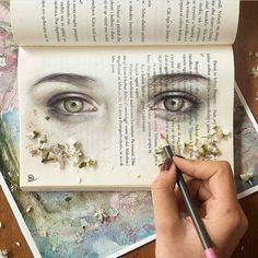 """Polubienia: 13.4 tys., komentarze: 45 – Whisper (@art_whisper) na Instagramie: """"❤️ Turns out books aren't only meant for reading By @esterrrotani"""""""