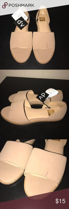 NWT Sandles Minor mark on the front of the shoe (pictured), other than that perfect condition. DV by Dolce Vita Shoes Sandals