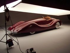 Google Image Result for http://designyoutrust.com/wp-content/uploads/2011/04/1948-Buick-Streamliner-by-Norman-E.-Timbs-9.jpg