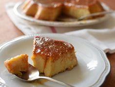 Cuatro ingredientes para este quesillo de jojoto (maíz), con una cubierta dorada y su interior cremoso, otro clásico de la dulcería criolla, delicioso!