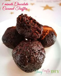 Are you having a chocolate craving? What's easier than a 1 Minute Chocolate Coconut Truffles? Coconut Truffles, Thing 1, Unsweetened Cocoa, Vegetarian Chocolate, Melting Chocolate, Cravings, Yummy Food, Sweets, Snacks