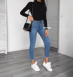 How to wear fall fashion outfits with casual style trends Sneakers Fashion Outfits, Fall Fashion Outfits, Mode Outfits, Teen Fashion, Spring Outfits, Trendy Outfits, Winter Outfits, Outfit Summer, Cute Jean Outfits