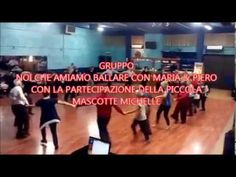 BALLO DI GRUPPO A CERCHIO Basketball Court