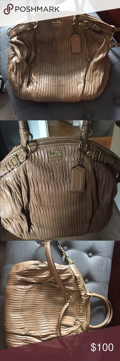 Coach Leather Bag Used but it in good shape. Will look at reasonable offers Coach Bags Shoulder Bags