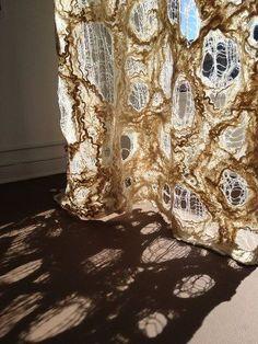 Textiles surface design with water soluble fabric - delicat Textile Texture, Textile Fiber Art, Textile Artists, Texture Art, Textile Manipulation, Sculpture Textile, Textiles Techniques, Brainstorm, Art Plastique