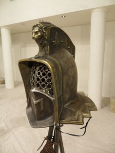 Ancient Armor, Medieval Armor, Gladiator Helmet, Marshal Arts, Larp Armor, Roman Era, Museum, Bronze, Romans
