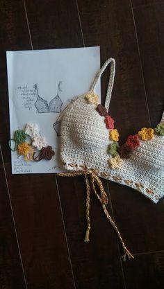 Crochet Swimwear Bikini Discovred by : Chiêu Firefly Crochet - Fashion Crochet Lingerie, Bikinis Crochet, Crochet Bra, Mode Crochet, Crochet Halter Tops, Crochet Crafts, Crochet Clothes, Doilies Crochet, Crochet Designs