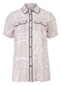Blouse met print roze  Shop blouses in diverse kleuren en modellen bij DEPT dé online fashion webshop voor dames. In iedere collectie van DEPT staan kleuren en prints centraal. Bestel nu uit de nieuwe collectie en ervaar het zelf!  EUR 31.98  Meer informatie