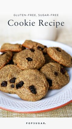 Got an insatiable sweet tooth, but you're trying to cut back on processed sugar? Head to your kitchen and bake these cookies right now! They're not only free Dairy Free Chocolate Chips, Chocolate Filling, Chocolate Recipes, Sugar Free Cookie Recipes, Sugar Free Cookies, Healthy Desserts, Dessert Recipes, Healthy Foods, Healthy Eating