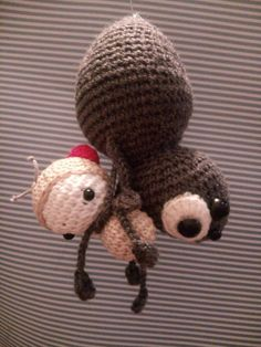 spider Agatha & fruit fly made by Ilda V. / crochet patterns by lalylala