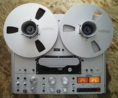 Reel to reel player/recorder