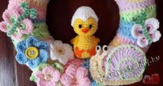 More crochet patterns for sweet, cute and awesome Easter baskets! Crochet Toys, Knit Crochet, Easter Egg Basket, Easter Crochet Patterns, Holiday Crochet, Knitted Animals, Baby Kind, Amigurumi Doll, Crochet Projects