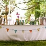 Adventures in Dressmaking: Triangle bunting garland tutorial