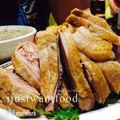 Enjoying tenderising duck meat at 鴨肉扁 Taipei Taiwan