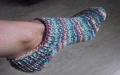 Toe up sock simple pattern  free pattern ♥ 4000 FREE patterns to knit ♥ http://pinterest.com/DUTCHYLADY/share-the-best-free-patterns-to-knit/