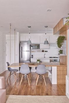 most popular small kitchen design ideas to save space your home page 20 Kitchen Room Design, Modern Kitchen Design, Home Decor Kitchen, Interior Design Kitchen, Home Kitchens, Decorating Kitchen, Stylish Kitchen, Kitchen Tips, Kitchen Ideas