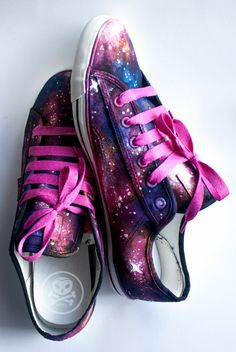 design: Galaxy Schuhe - Online Pins For You Ballerinas, Kid Dates, Sneakers Sketch, Galaxy Shoes, Gothic Shoes, Sneaker Art, Pumps, Painted Shoes, Chuck Taylor Sneakers