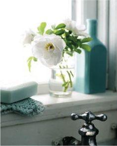 EJ Sooley House, Heart's Delight Newfoundland - traditional - Spaces - Other Metro - CapeRace Cultural Adventures Bathroom Windows, Bathroom Interior, Modern Bathroom, Parisian Bathroom, Rental Bathroom, Design Bathroom, Bathroom Styling, White Bathroom, Bathroom Ideas