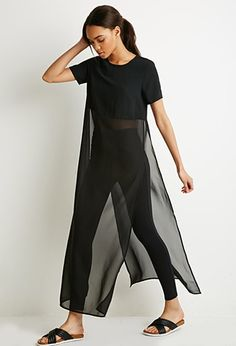 Chiffon-Paneled Longline High-Slit Top from Forever Saved to Tops/blouses/tshirts. Look Fashion, Womens Fashion, Fashion Design, Mode Abaya, Casual Outfits, Cute Outfits, Looks Black, Designer Dresses, Ideias Fashion