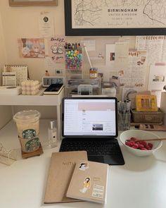 Desk Inspo, Desk Inspiration, Small Bedroom Hacks, Study Corner, Study Pictures, Study Space, Study Hard, Room Setup, Bullet Journal Ideas Pages