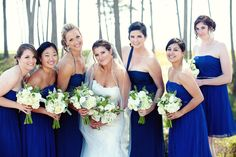 I love a Bride with a vision. Mostly when her vision just happens to be seriously gorgeous like this lovely lady's. Her seaside soiree comes to life beautifully through the images byDanielle Gillett Photography, and it's all so lovely I couldn't possible pick my favorite feature of the day.From the gorgeous blooms to the gorgeous […]