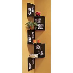 Corner Photo Shelf - corner shelves and 5 x 7 frames Photo Shelf, Picture Shelves, Maximize Small Space, Small Spaces, Wall Decor, Room Decor, Wall Art, Creation Deco, Corner Shelves