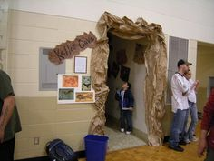 Cool idea- turn a small room into a cave put cave paintings on walls have to look at it with a flashlight  DSCN0269.jpg (1024×768)