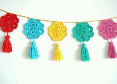 Handmade ornaments, - Diy And Craft Crochet Kitchen, Crochet Home, Love Crochet, Crochet Gifts, Crochet Motif, Crochet Doilies, Crochet Flowers, Crochet Patterns, Crochet Bunting