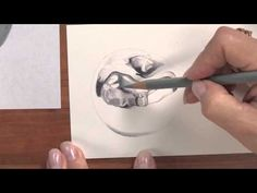 Colored Pencil Techniques: Metal with Janie Gildow http://youtu.be/TxMZgnkbGME