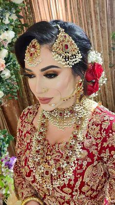 Pakistani Bridal Hairstyles, Pakistani Bridal Jewelry, Indian Jewelry, Pakistani Makeup, Bridal Makeup Looks, Bridal Looks, Desi Bridal Makeup, Indian Wedding Makeup, Wedding Jewelry For Bride