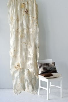 Beatrice waanders - thesoftworld.com - felted curtain