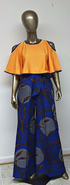 ~ DKK~ Join us at: for Latest African fashion, Ankara, kitenge, African women dr… Remilekun - African Styles for Ladies African Print Dresses, African Dresses For Women, African Attire, African Wear, African Women, African Prints, African Inspired Fashion, African Print Fashion, Ghanaian Fashion