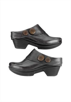 Sanita Nickolette nursing clogs.