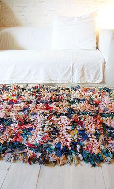 Vintage Moroccan Rag Rug BOUCHEROUITE color mix by lacasadecoto